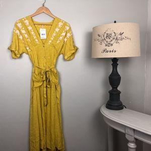 NWT floral maxi dress Sunkist combo